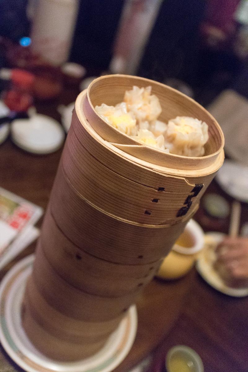 食い放題2500円で有名、池袋西口の点心・飲茶:中国茶館にはもう33年通っています。